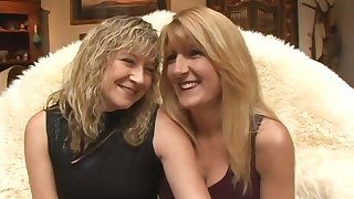 Mature amateur lesbians playing with tongues and toys