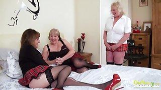 Older alongside elder mature women arrange a threesome
