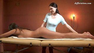 Russian adult virgin Marusya Mechta enjoys intimate massage